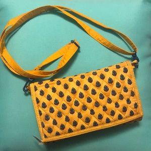 Handbags - Larenda Ultimate wallet